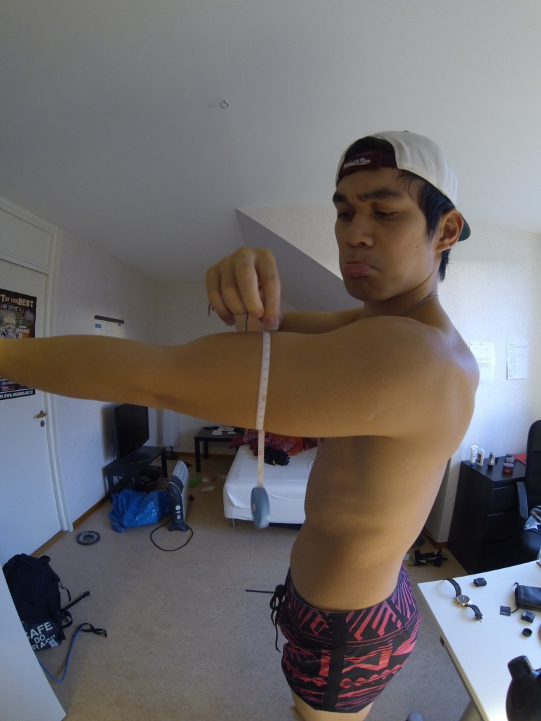 My arms isn't that big, its the fish eye lens on my GoPro Camera. It's actually bigger